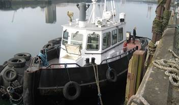 The owner of a DAMEN Stan Tug 1605 to whom we sold the vessel 14 years before