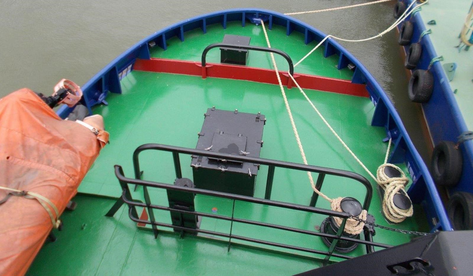 Tug and Barge combination aft deck