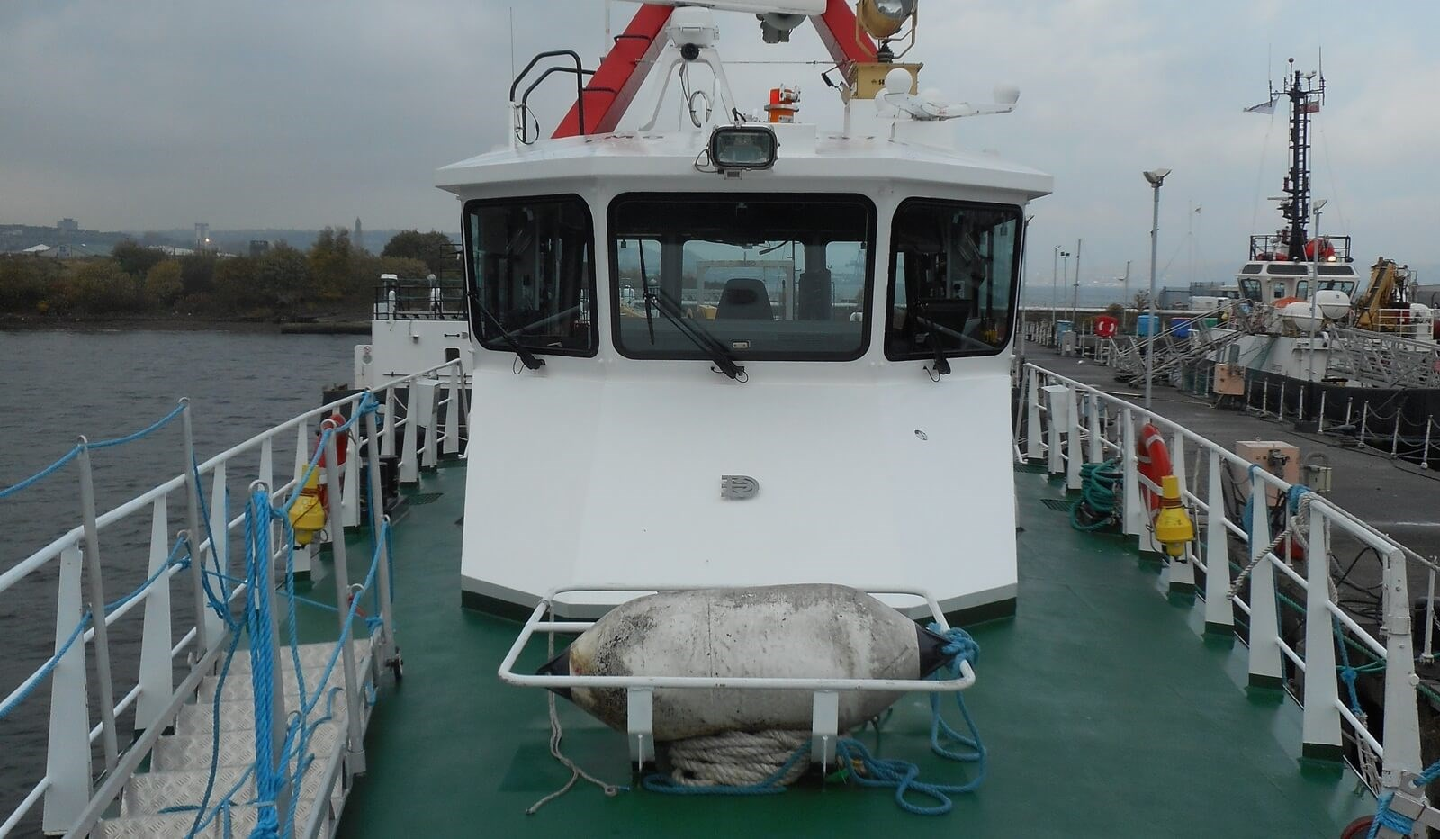 Wheelhouse on used 33 mtr Damen Fast Crew Supplier