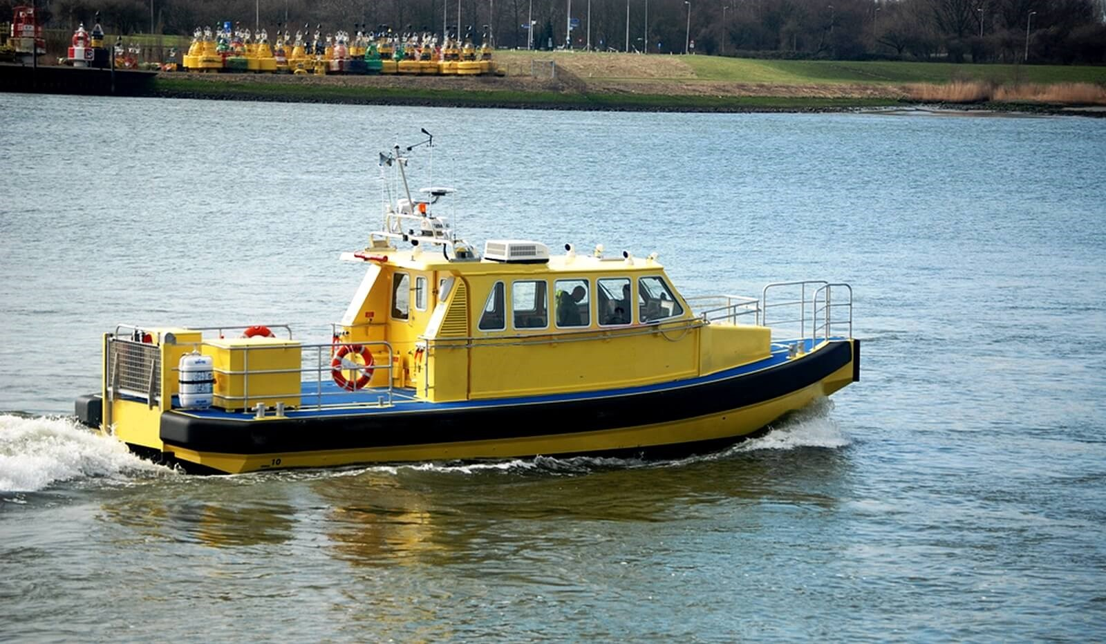 used pilot crew tender for sale to transfer personnel and On second hand sessel