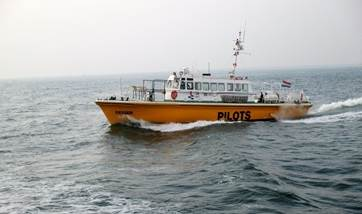 used pilot / crew boat for sale - damen trading (02)