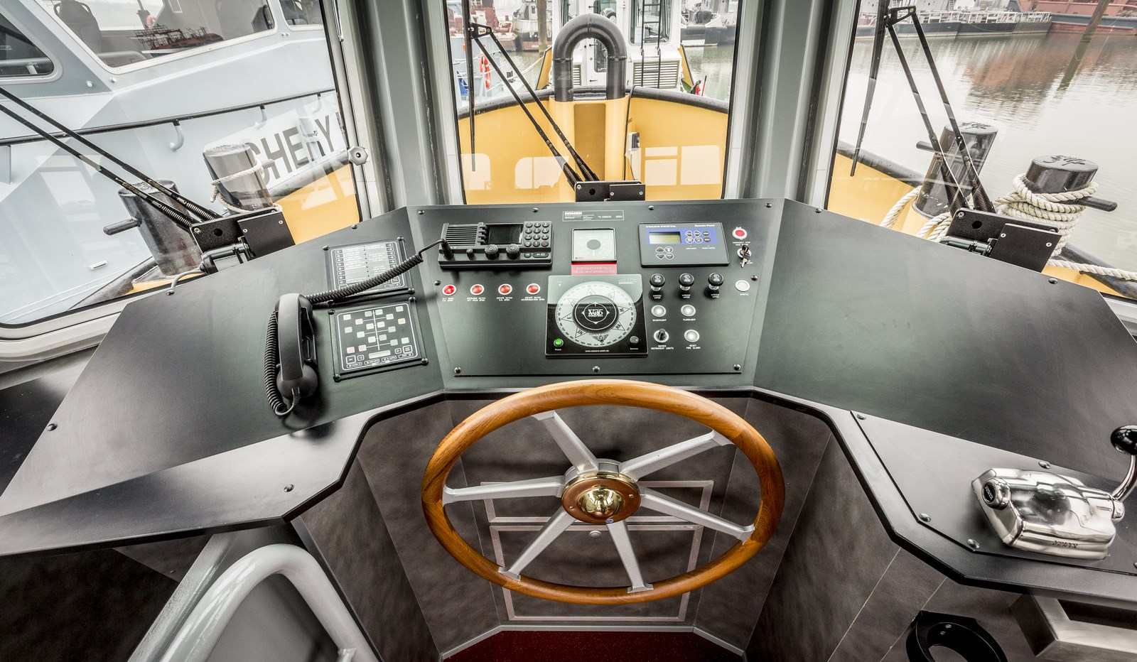 DAMEN Pushy Cat 1305 is available for sale