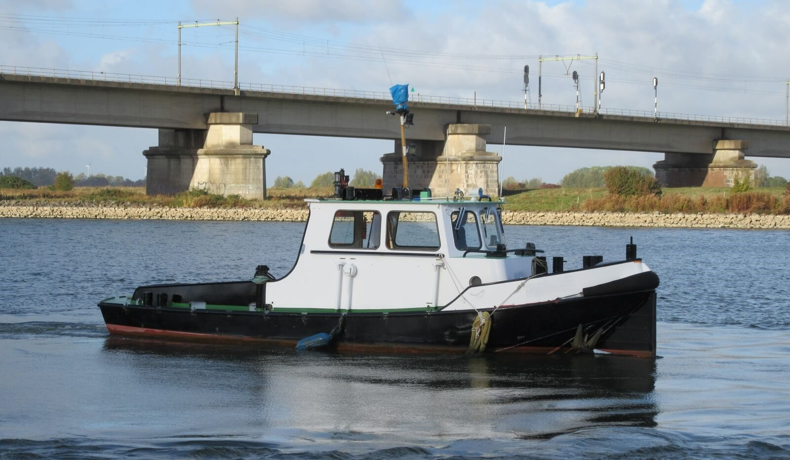 DAMEN Stan Launch 36 is available for sale