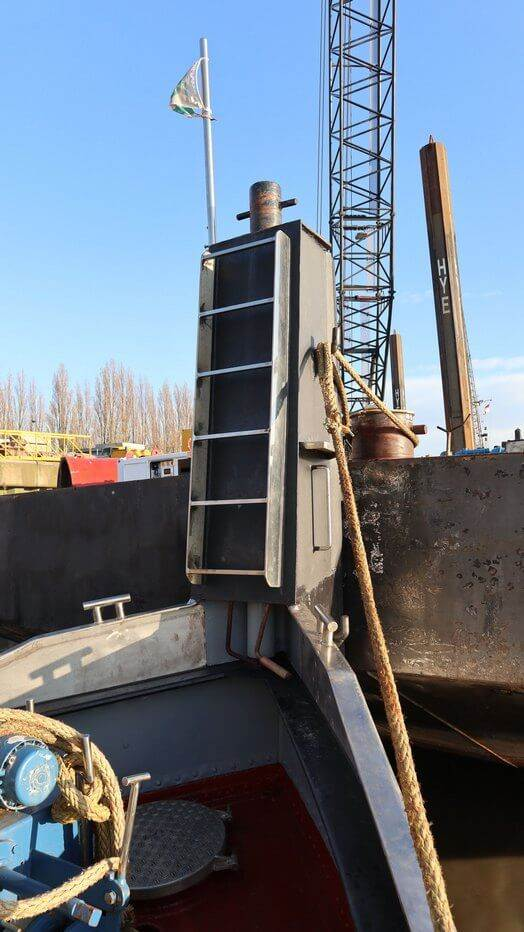 used tug boat for sale 07582 (15)