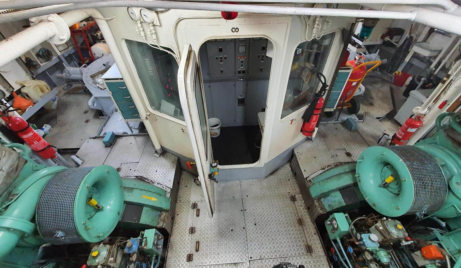 used voith tugboat for sale 07598 (66)