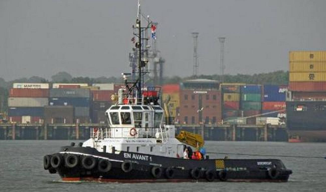 The Damen Stan Tug 2608 'DMS World' has been sold and handed over to the new Dutch owner Muller Dordrecht today.