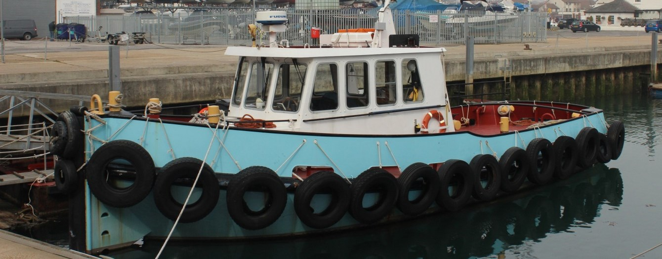 Today the tugboat 'Gary James' has been transferred from J. Butcher & Sons to the new English owners.