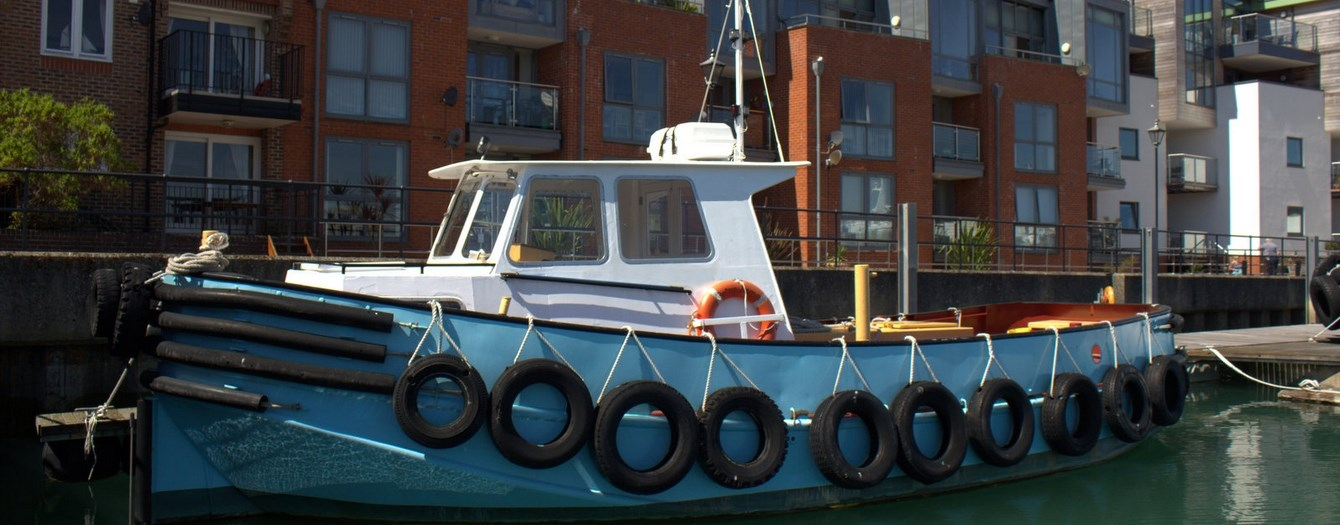 Today the tugboat 'Peter James' has been transferred from J. Butcher & Sons to the new owner Medtow Marine Ltd.