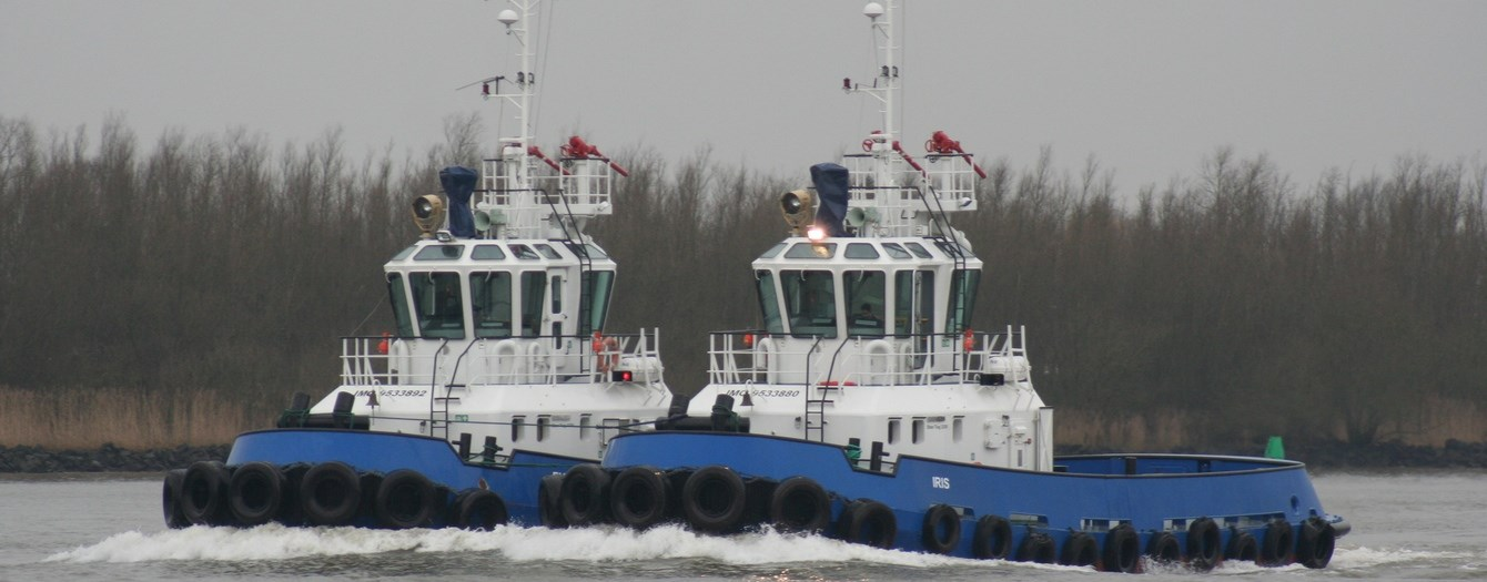 Today our Damen Stan Tugs 2208 with ice class have been transported to our yard in Gorinchem.
