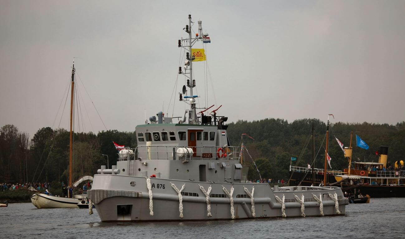 Third former Dutch Navy tugboat
