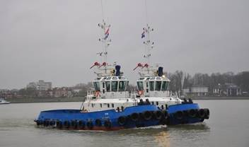 We traded in two fairly young Damen Stan Tugs 2208 from a Russian harbour for two ASD tugboats 2810