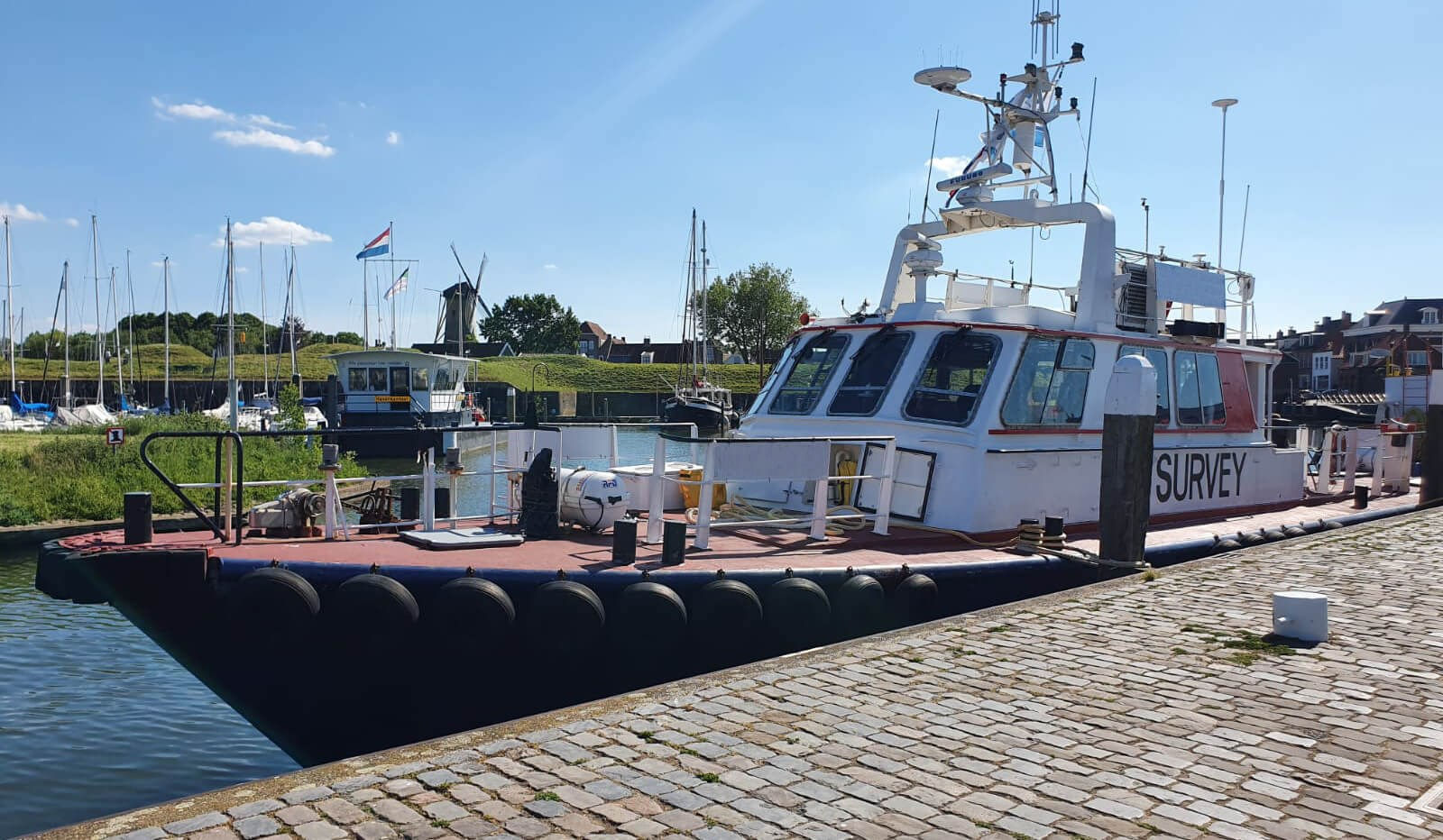 used survey boat in the netherlands for sale 07627 (4)