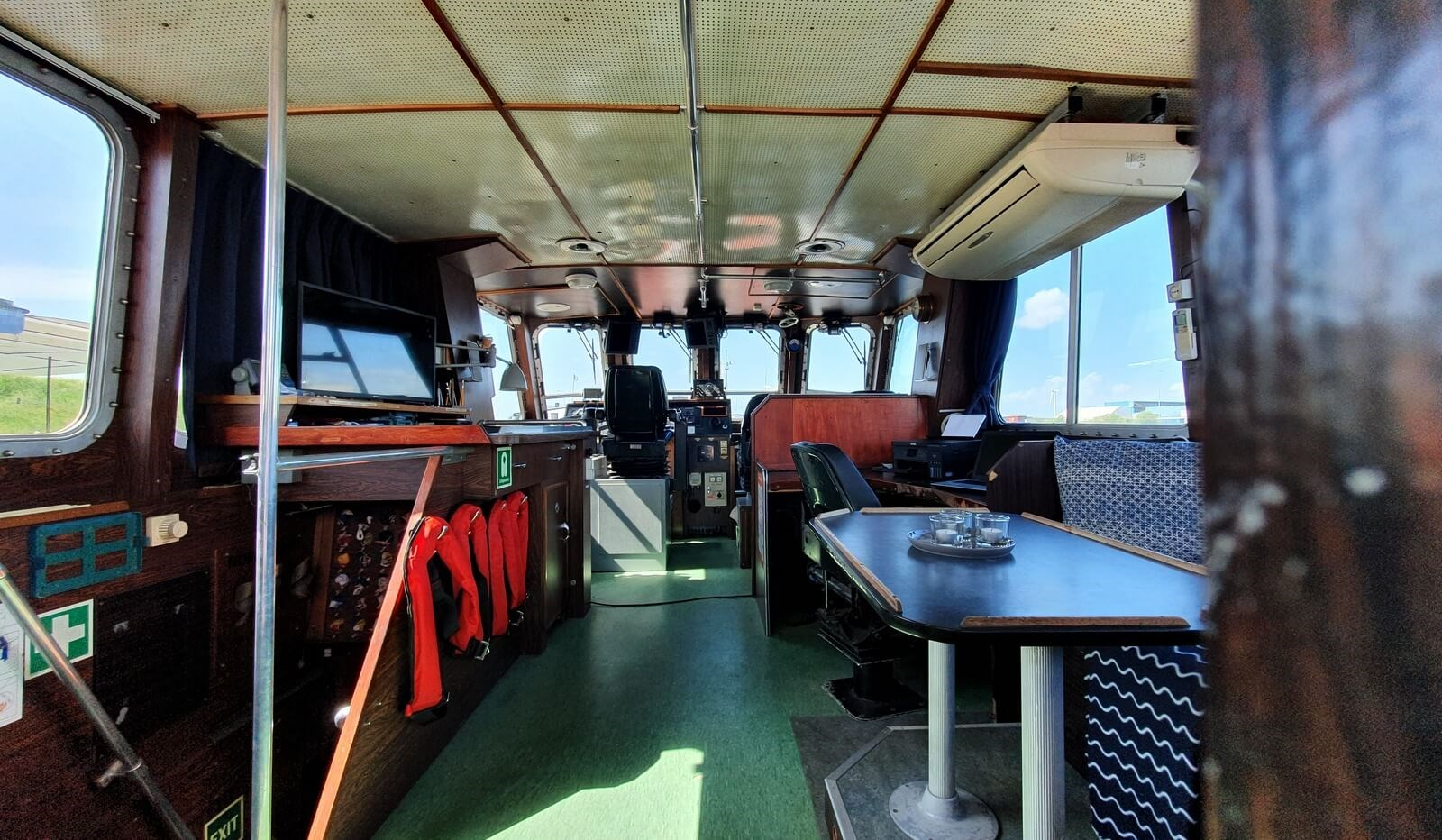 used survey boat in the netherlands for sale 07627 (8)