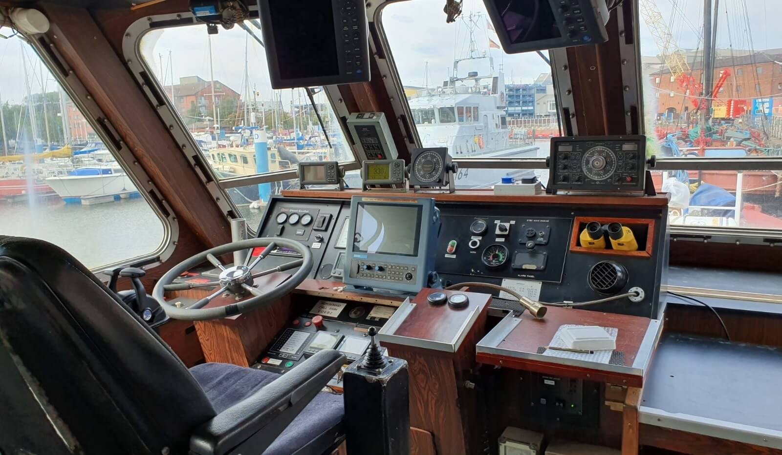 used survey boat in the netherlands for sale 07627 (12)