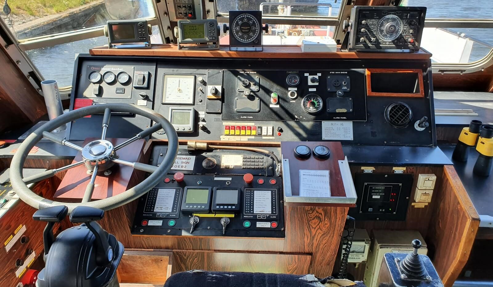 used survey boat in the netherlands for sale 07627 (13)