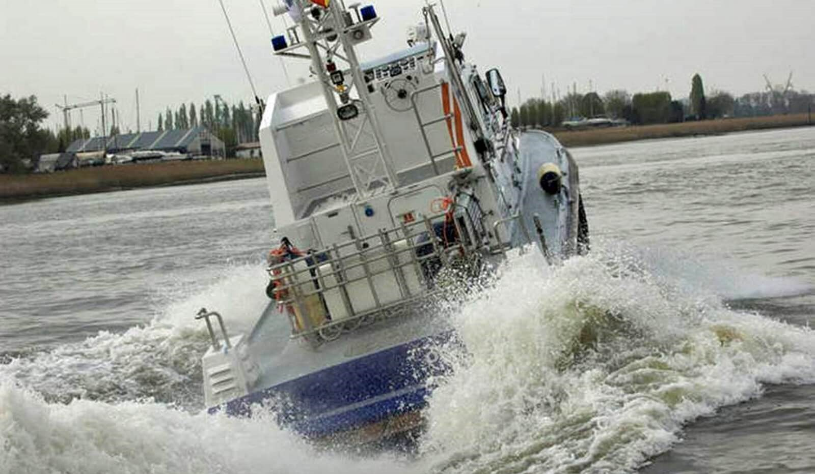 used police boat for sale 07591 (4)