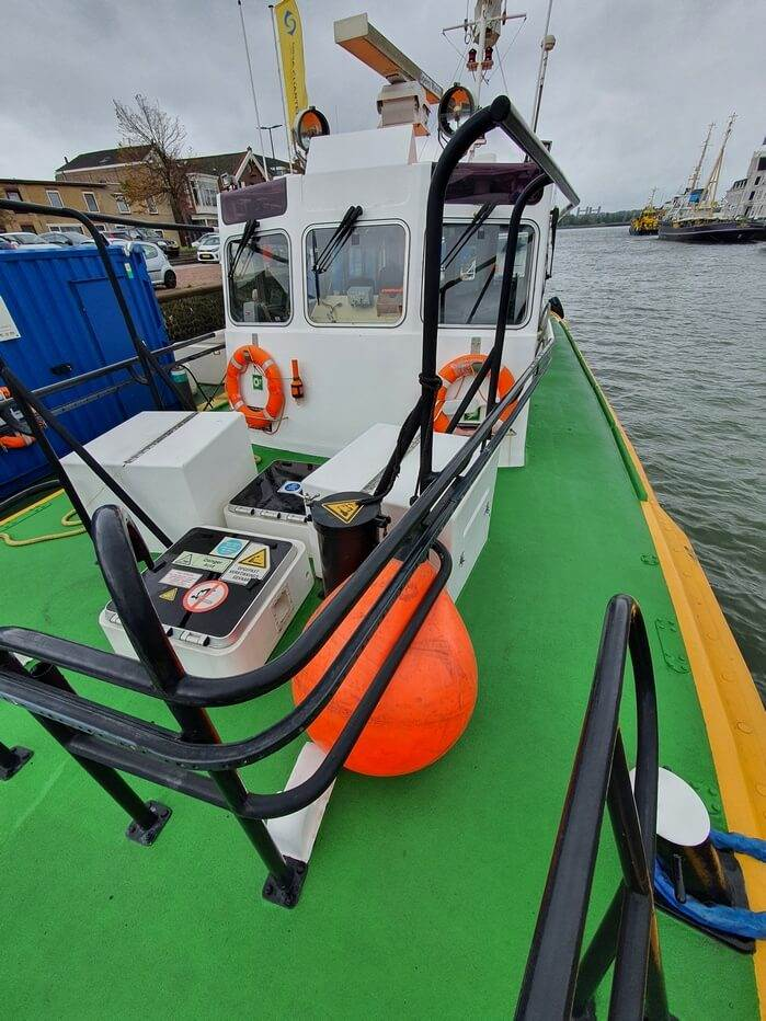 fast pilot boat for crew transfer 07560 (10)