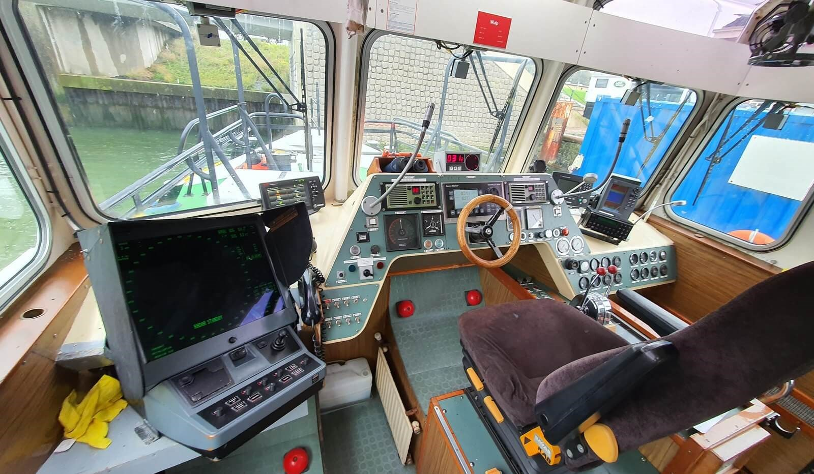 fast pilot boat for crew transfer 07560 (33)