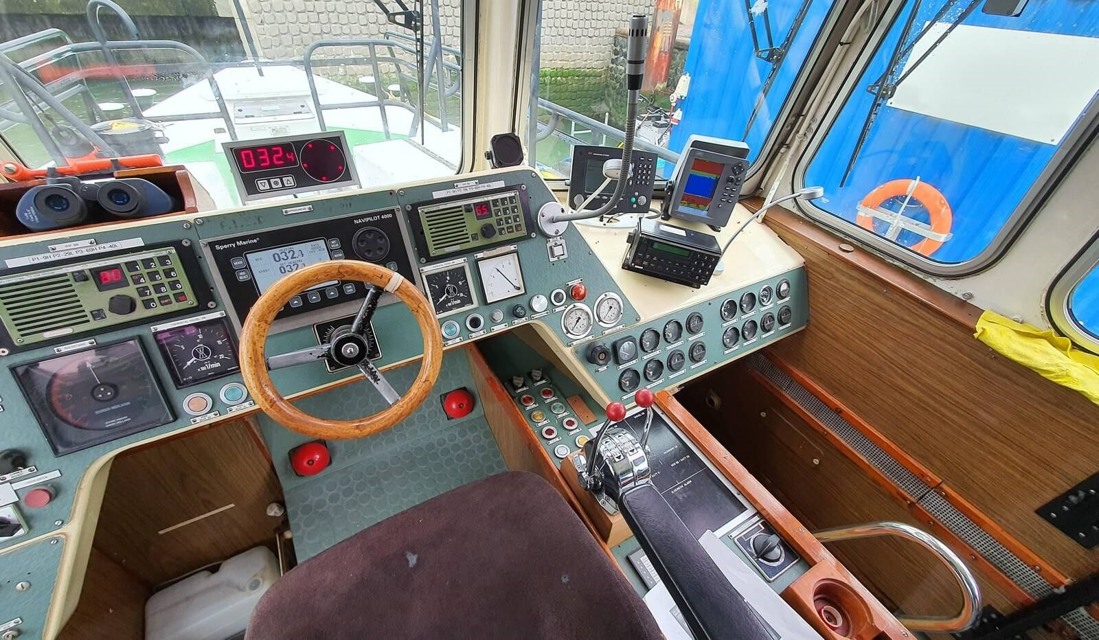 fast pilot boat for crew transfer 07560 (34)
