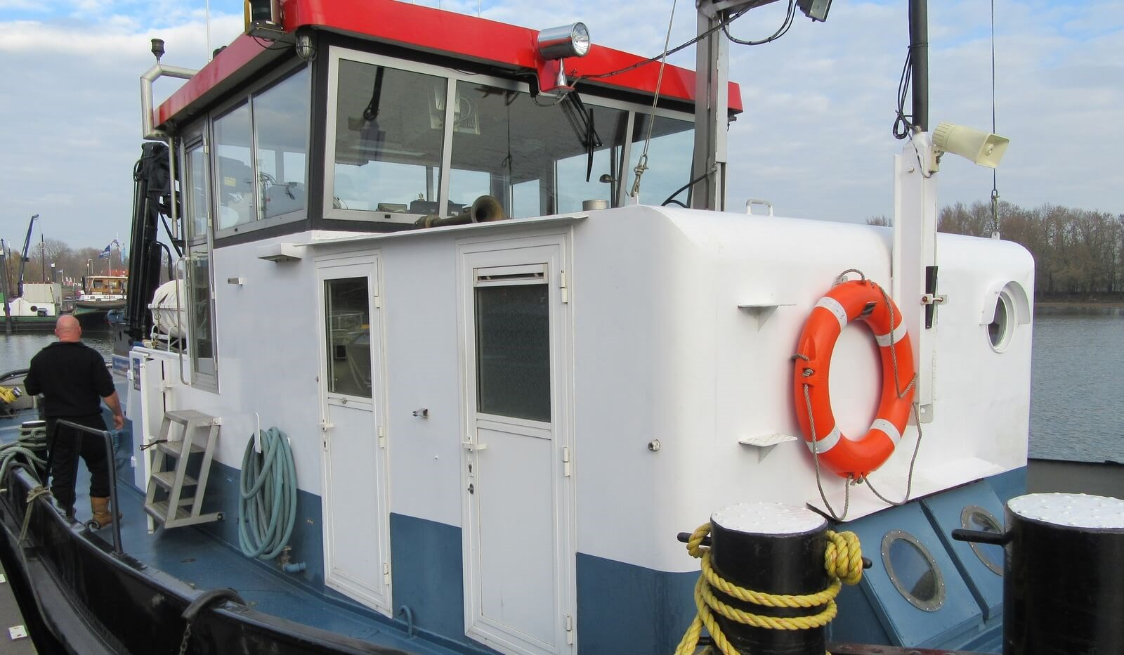 Wheelhouse second hand tug for sale