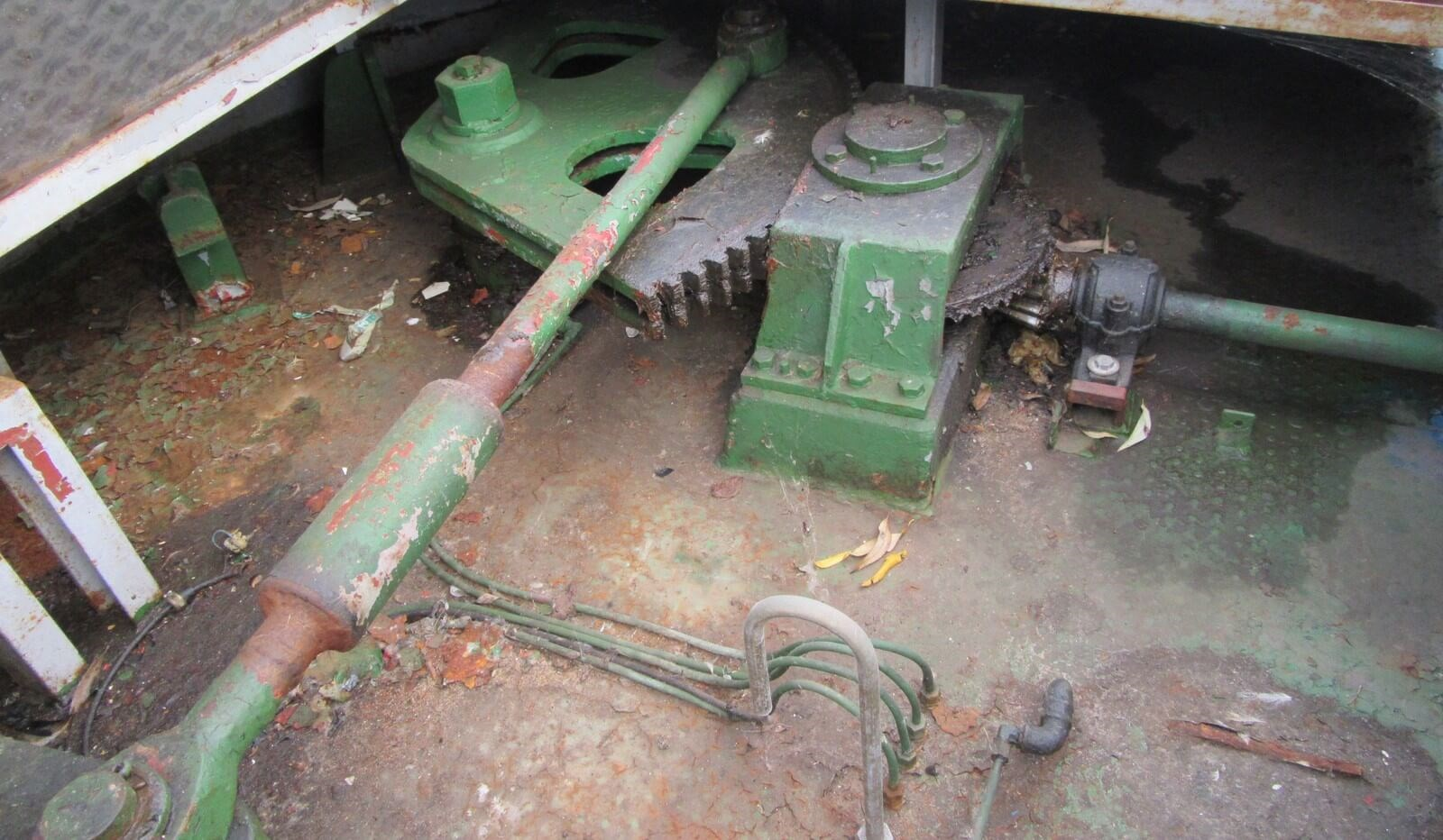 Steering gear of used tug