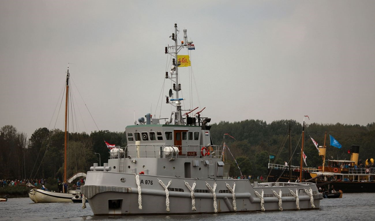 Sale of used tugboat 'Rotte' - Ex Dutch Navy